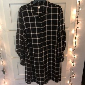 Old Navy Shirt Dress Windowpane Black White large